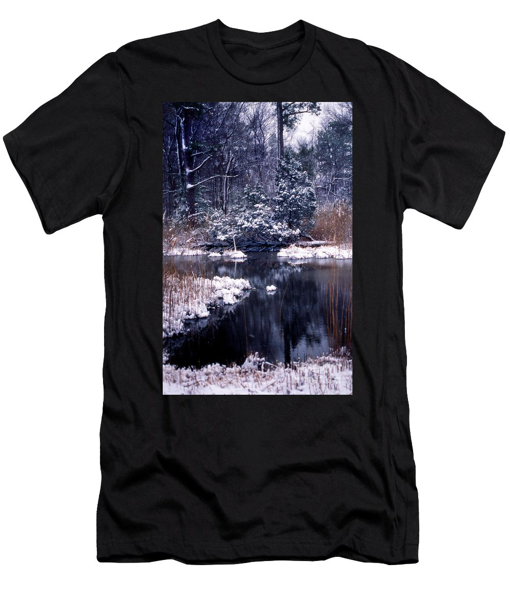 Nature Men's T-Shirt (Athletic Fit) featuring the photograph Serenity by Skip Willits