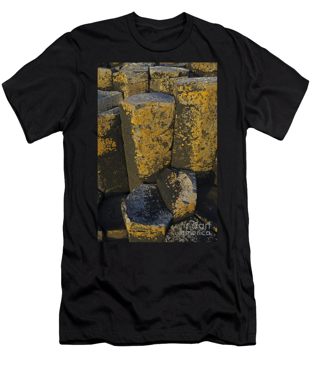 Landscape Men's T-Shirt (Athletic Fit) featuring the photograph The Giants Causeway by John Shaw