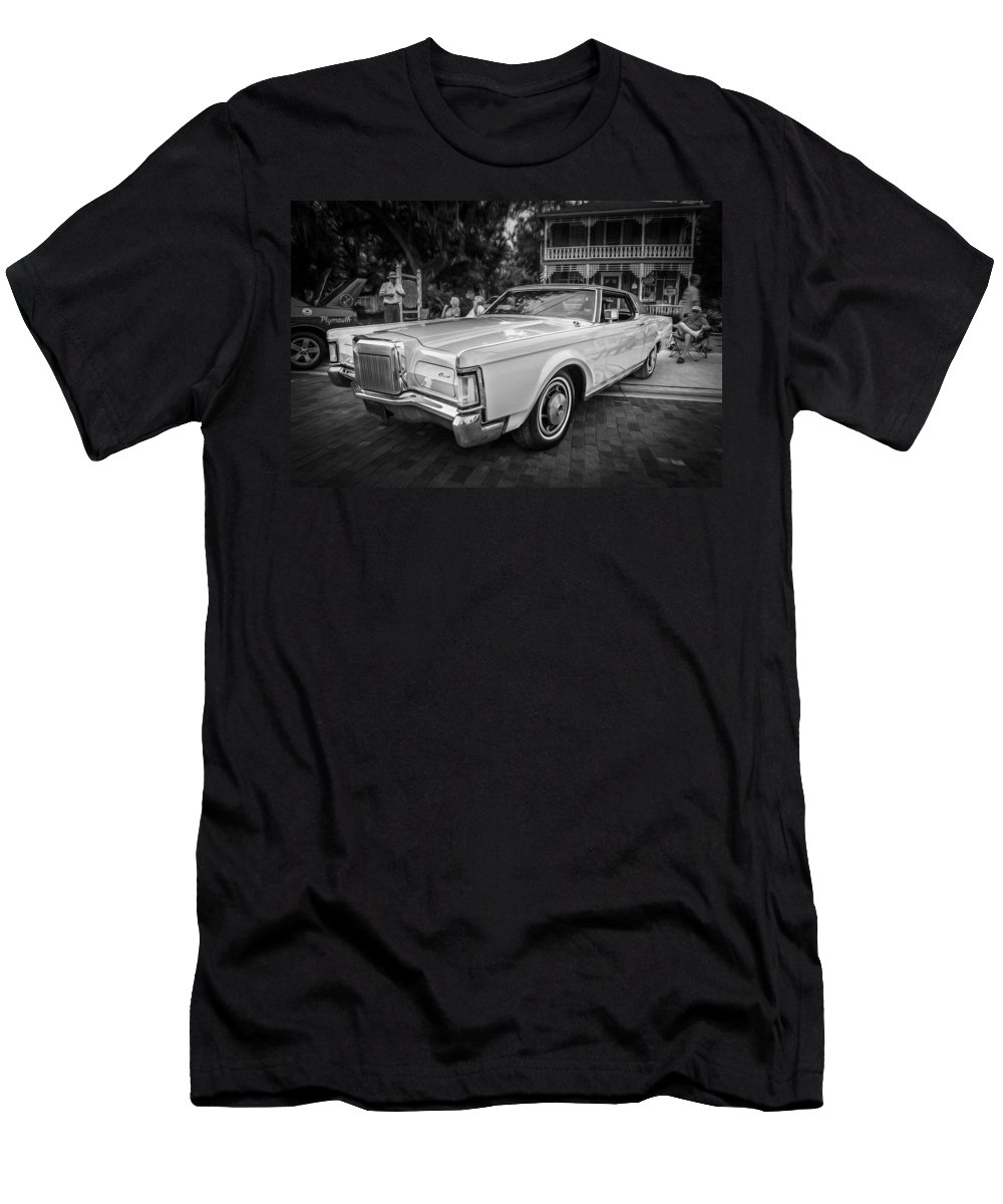 1971 Lincoln Men's T-Shirt (Athletic Fit) featuring the photograph 1971 Lincoln Continental Mark IIi Painted Bw  by Rich Franco
