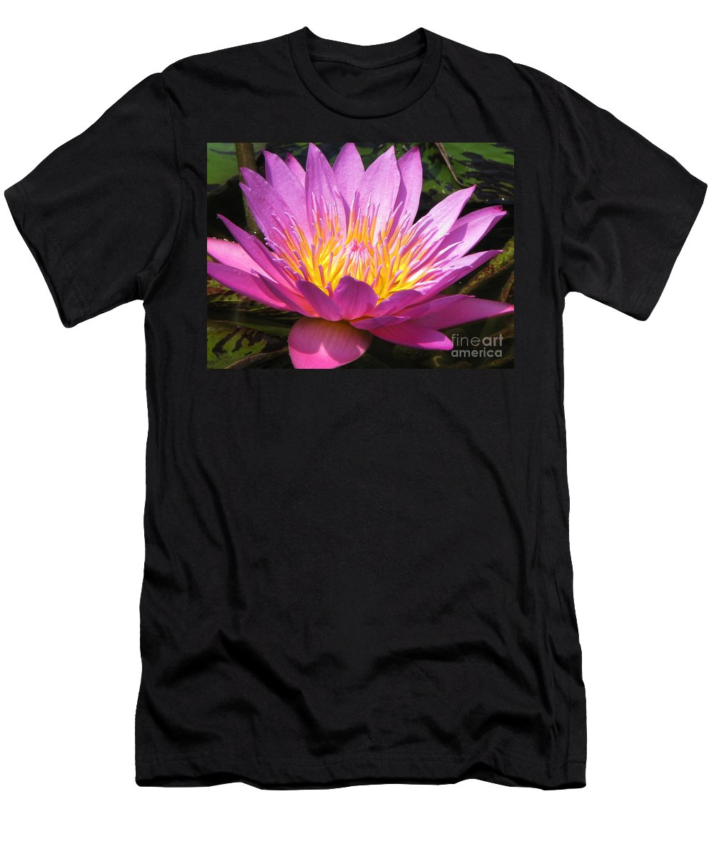 Lilly Men's T-Shirt (Athletic Fit) featuring the photograph It by Amanda Barcon
