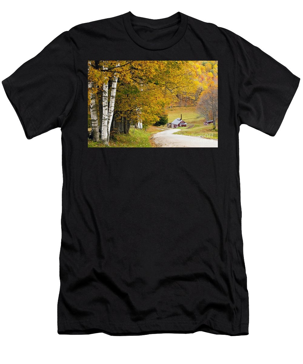Autumn Men's T-Shirt (Athletic Fit) featuring the photograph Sugar Mill Vermont by Brian Jannsen