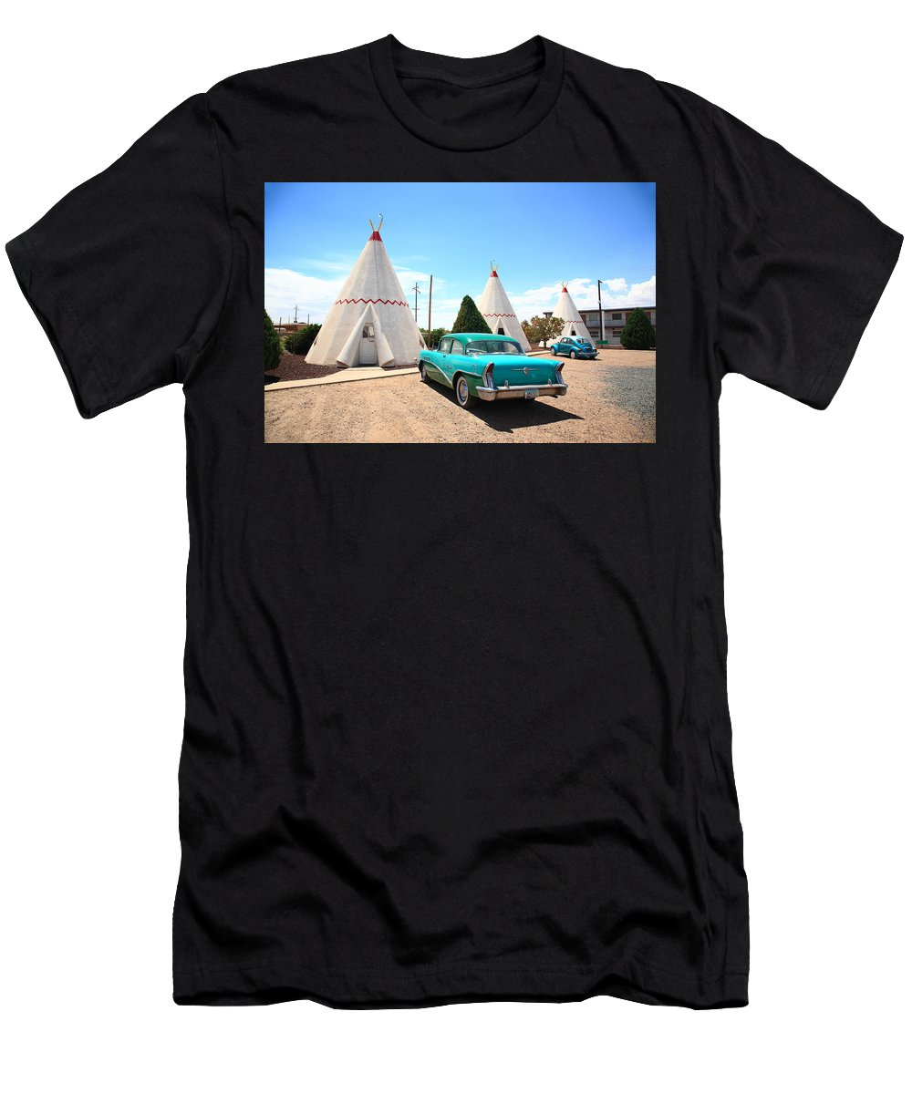 66 Men's T-Shirt (Athletic Fit) featuring the photograph Route 66 Wigwam Motel by Frank Romeo