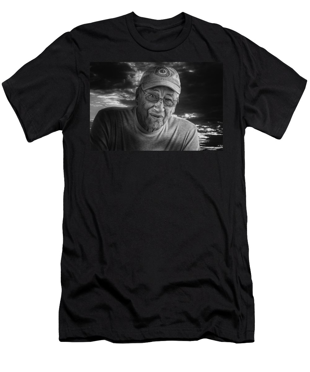 Xdop Men's T-Shirt (Athletic Fit) featuring the photograph Bob by John Herzog