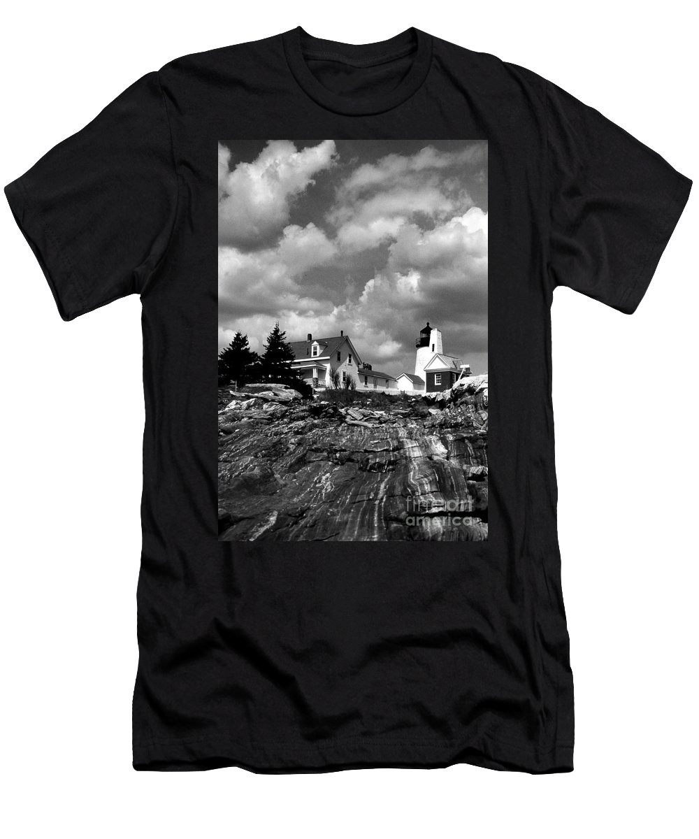 Lighthouses Men's T-Shirt (Athletic Fit) featuring the photograph Pemaquid Point Lighthouse by Skip Willits