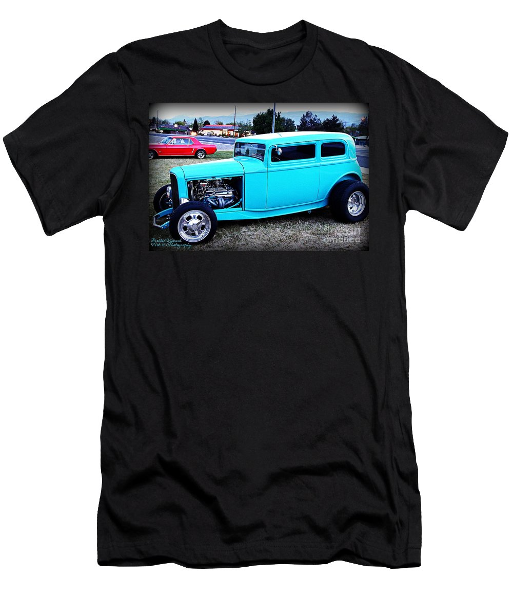 32 Ford Men's T-Shirt (Athletic Fit) featuring the photograph 32 Ford Victoria Two Door by Bobbee Rickard