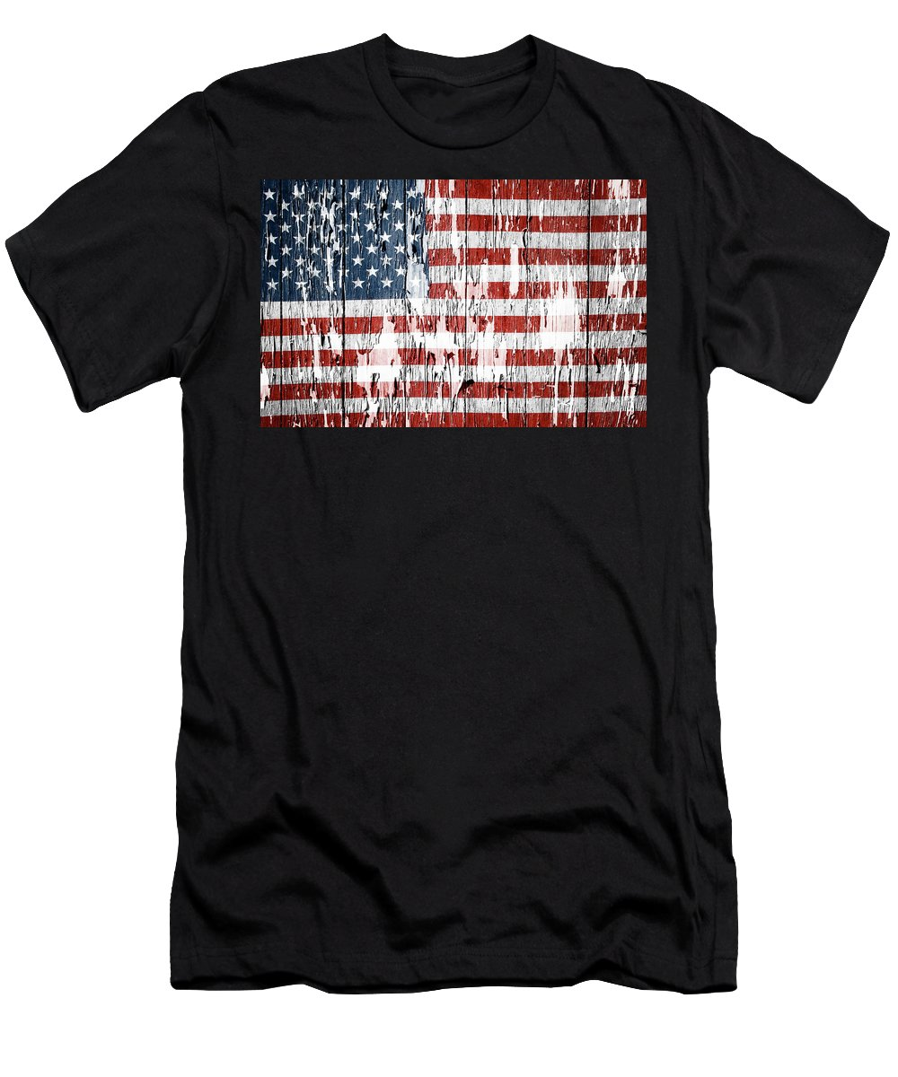 Flag Men's T-Shirt (Athletic Fit) featuring the photograph American Flag 49 by Les Cunliffe