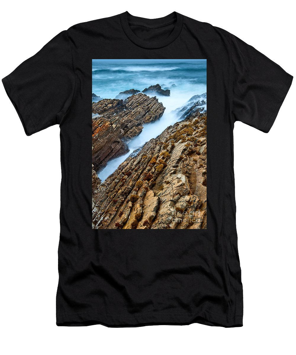 Montana De Oro Men's T-Shirt (Athletic Fit) featuring the photograph The Jagged Rocks And Cliffs Of Montana De Oro State Park In California by Jamie Pham