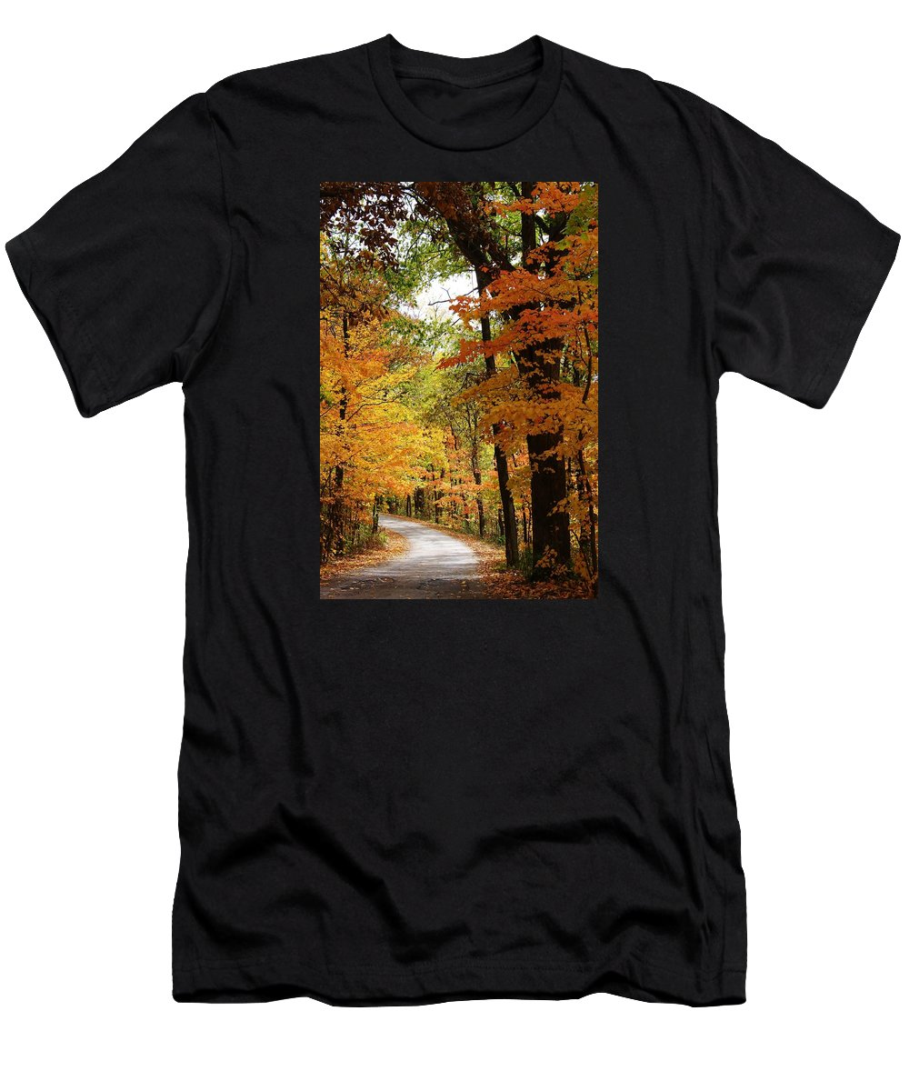 Woodland Men's T-Shirt (Athletic Fit) featuring the photograph A Drive Through The Woods by Bruce Bley