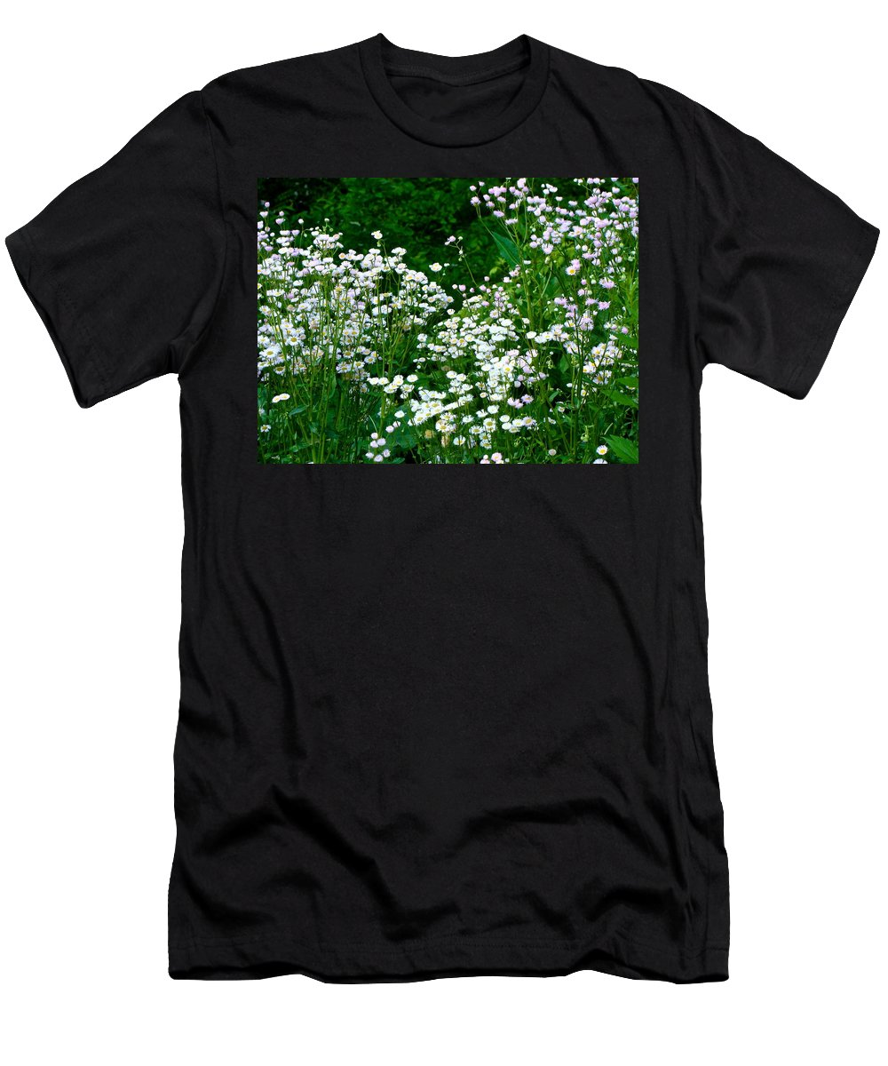 Wildflowers Men's T-Shirt (Athletic Fit) featuring the photograph A Roadside In Wayne by Ira Shander