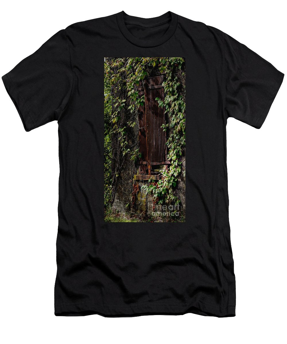 Abandoned Men's T-Shirt (Athletic Fit) featuring the photograph Abandoned by Lilliana Mendez