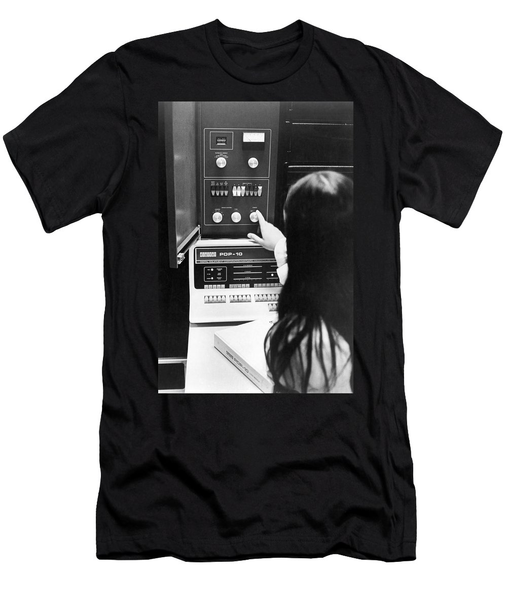 1 Person Men's T-Shirt (Athletic Fit) featuring the photograph Al-10 Computer System by Underwood Archives