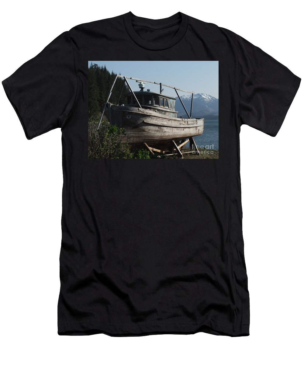 Usa Men's T-Shirt (Athletic Fit) featuring the photograph Alaska Ketchikan Dry Dock by Coventry Wildeheart