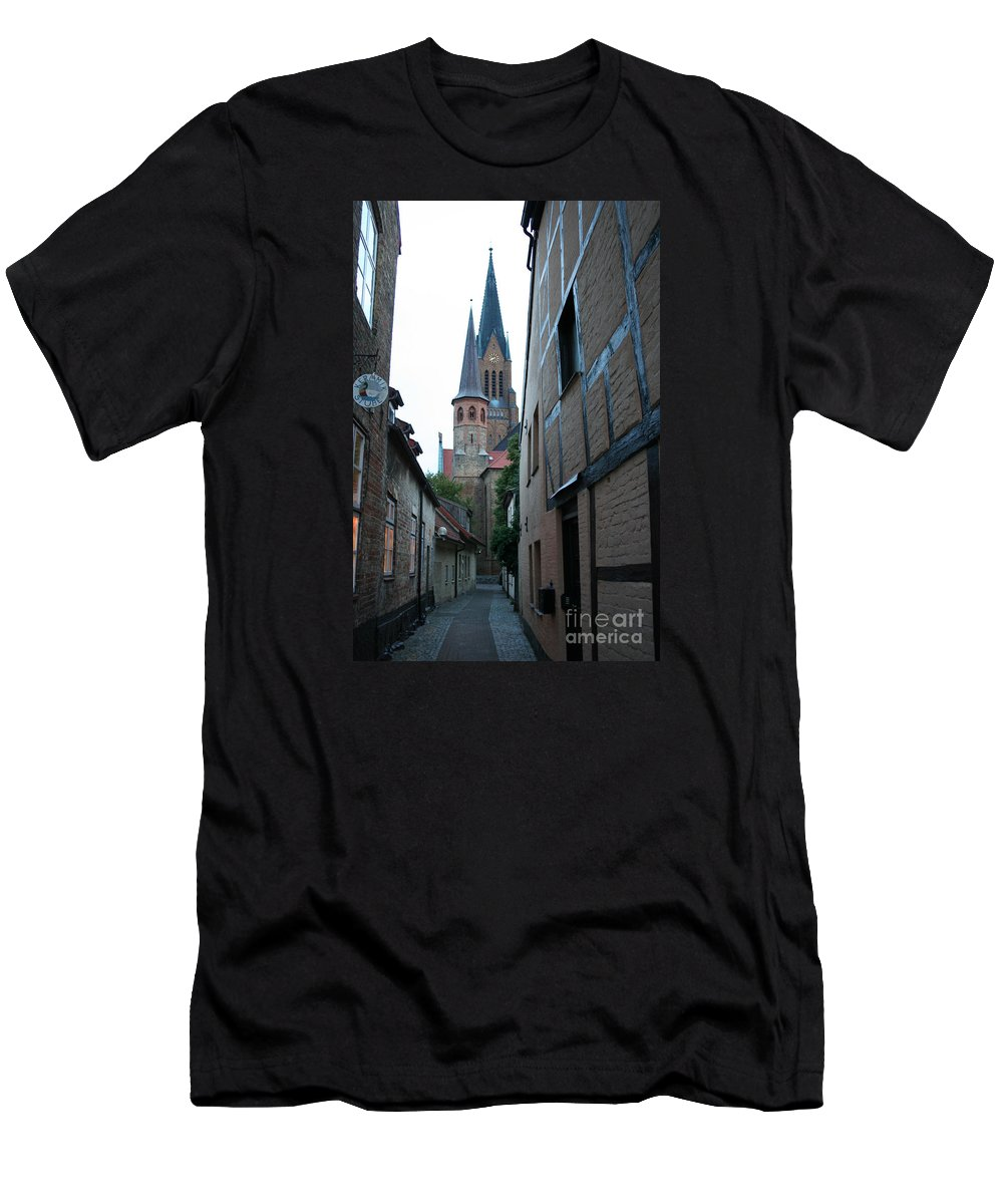 Alley Men's T-Shirt (Athletic Fit) featuring the photograph Alley In Schleswig - Germany by Christiane Schulze Art And Photography