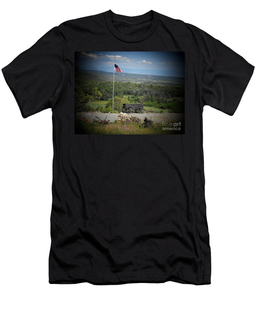 Usa Men's T-Shirt (Athletic Fit) featuring the photograph American Wagon by Brandi Maher