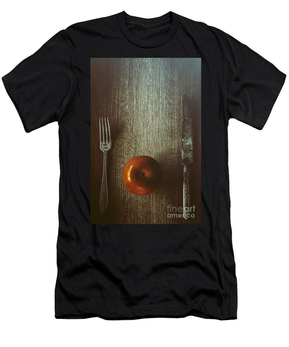 Knife Men's T-Shirt (Athletic Fit) featuring the photograph An Apple A Day by Margie Hurwich