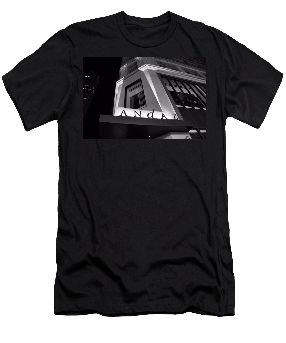 Andaz Hotel On 5th Avenue Men's T-Shirt (Athletic Fit) featuring the photograph Andaz Hotel On 5th Avenue by Dan Sproul