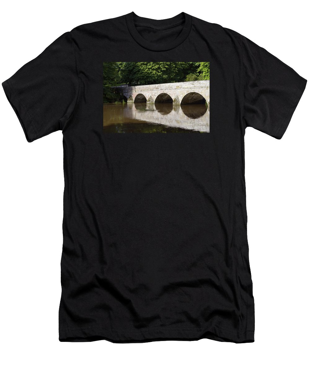 Doug Men's T-Shirt (Athletic Fit) featuring the photograph Arches by Doug Wilton