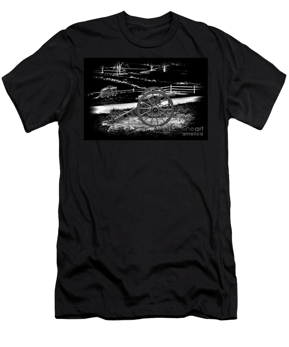 Infrared Men's T-Shirt (Athletic Fit) featuring the photograph Artillery At Gettysburg by Paul W Faust - Impressions of Light