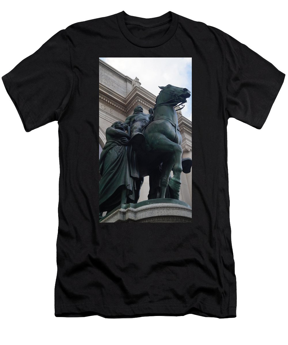 Tr Men's T-Shirt (Athletic Fit) featuring the photograph At The Museum by John Wall