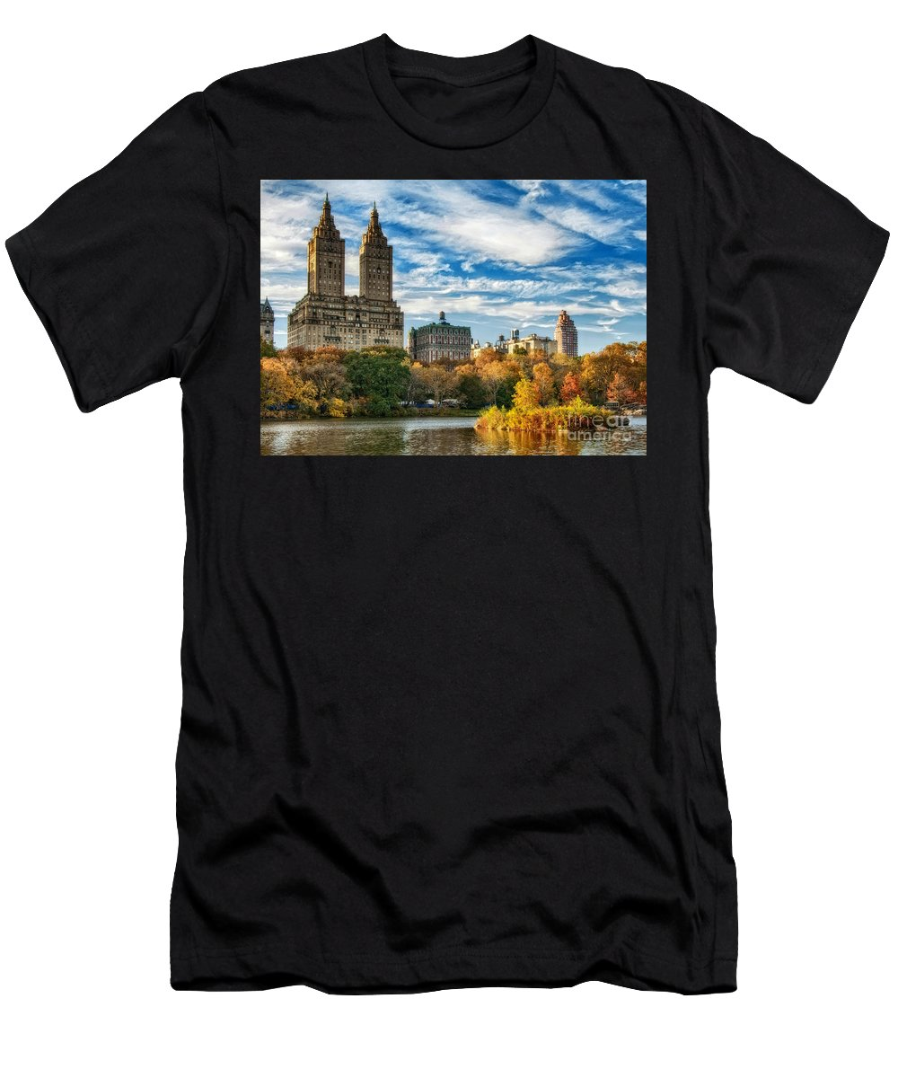 New York City Men's T-Shirt (Athletic Fit) featuring the photograph Autumn In New York City by Claudia Kuhn
