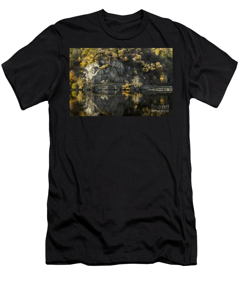 Autumn Men's T-Shirt (Athletic Fit) featuring the photograph Autumn In The Lake by Linsey Williams
