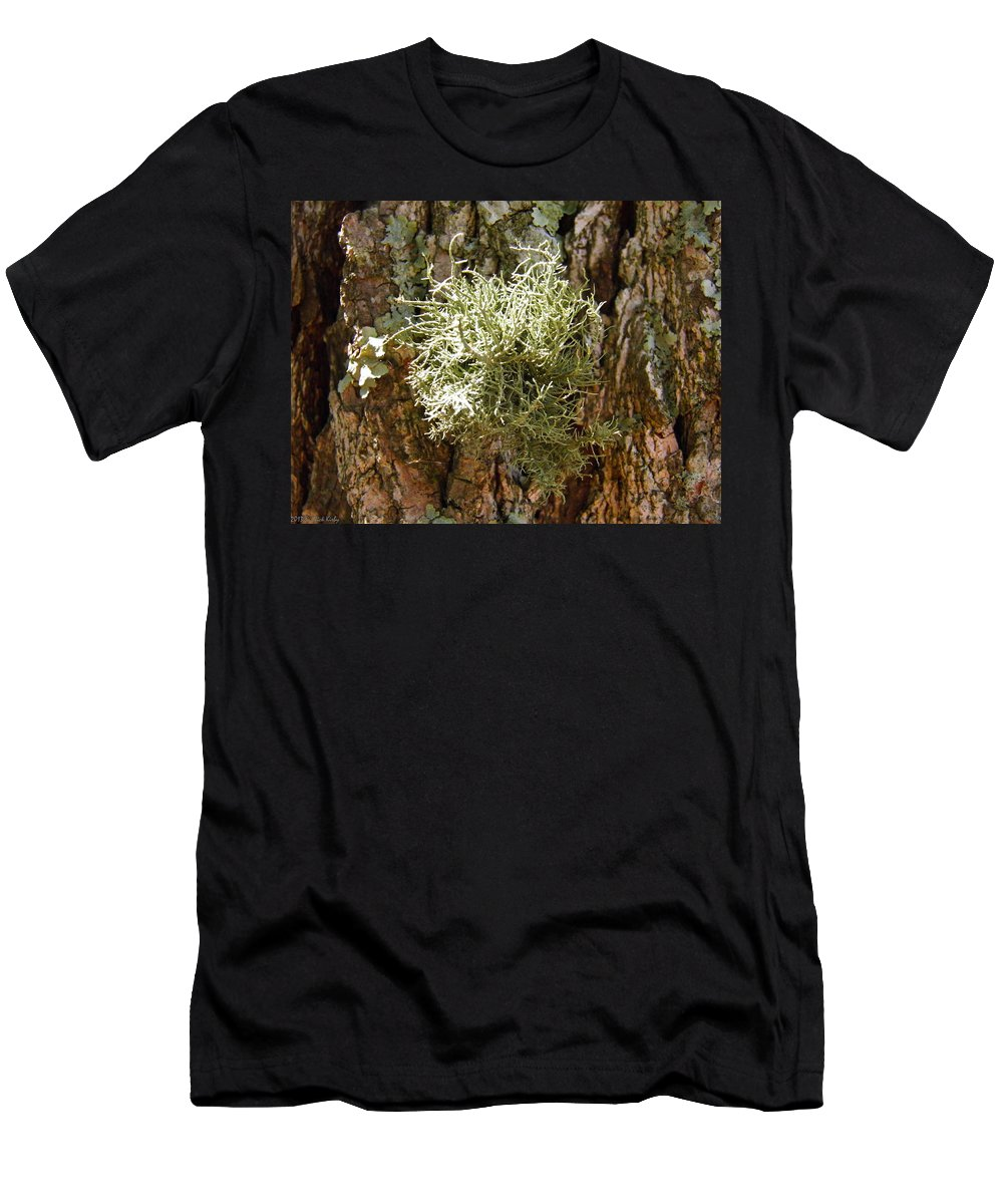 Moss Men's T-Shirt (Athletic Fit) featuring the photograph Ball Of Moss by Nick Kirby