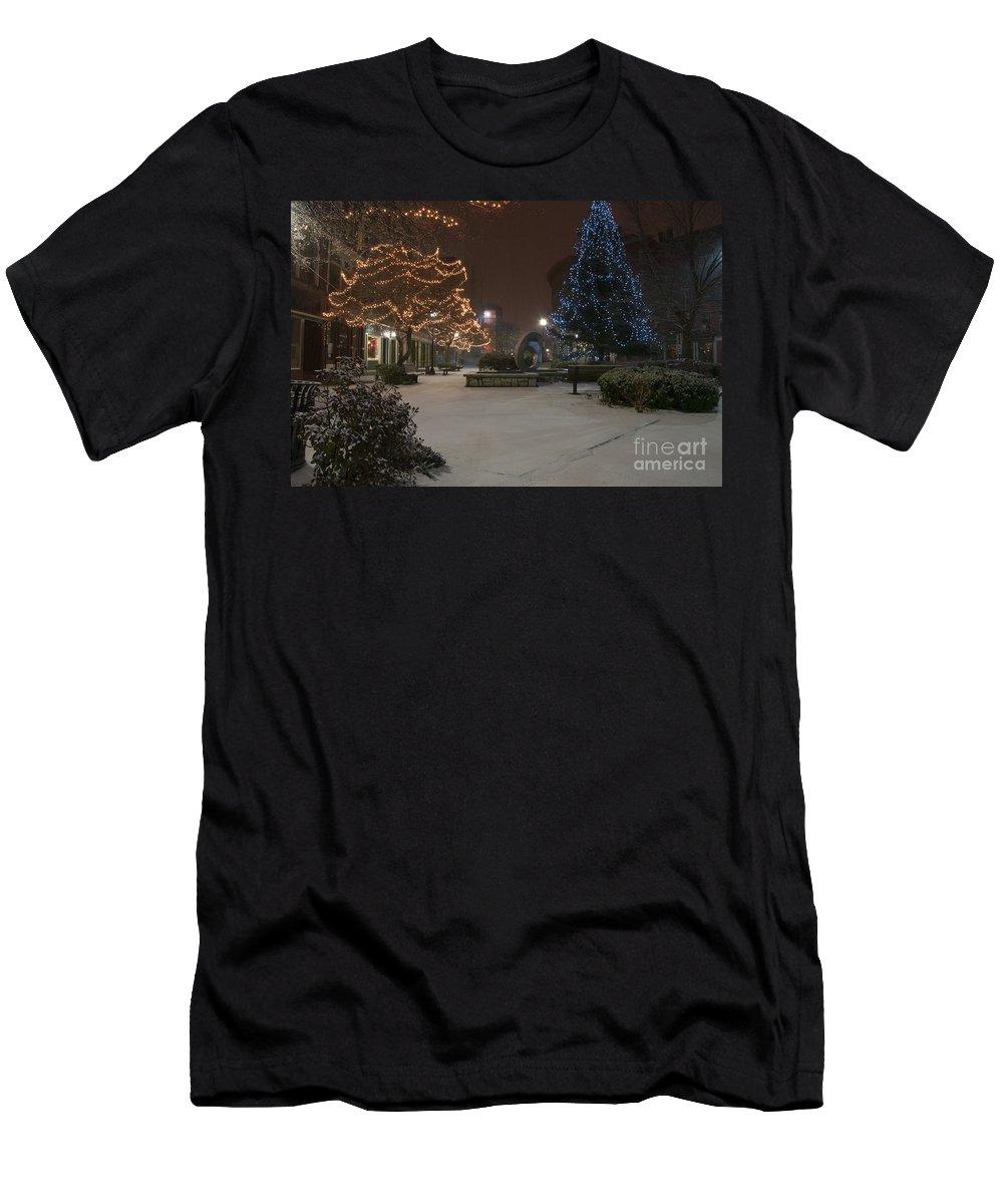 Park Men's T-Shirt (Athletic Fit) featuring the photograph Bangor Maine Christmas by Glenn Gordon