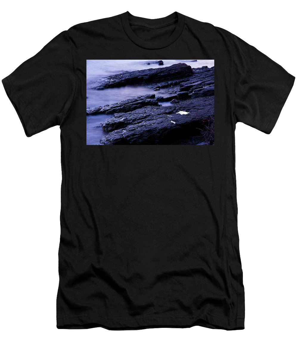 Maine Men's T-Shirt (Athletic Fit) featuring the photograph Bar Harbor Tidal Pool by Stuart Litoff