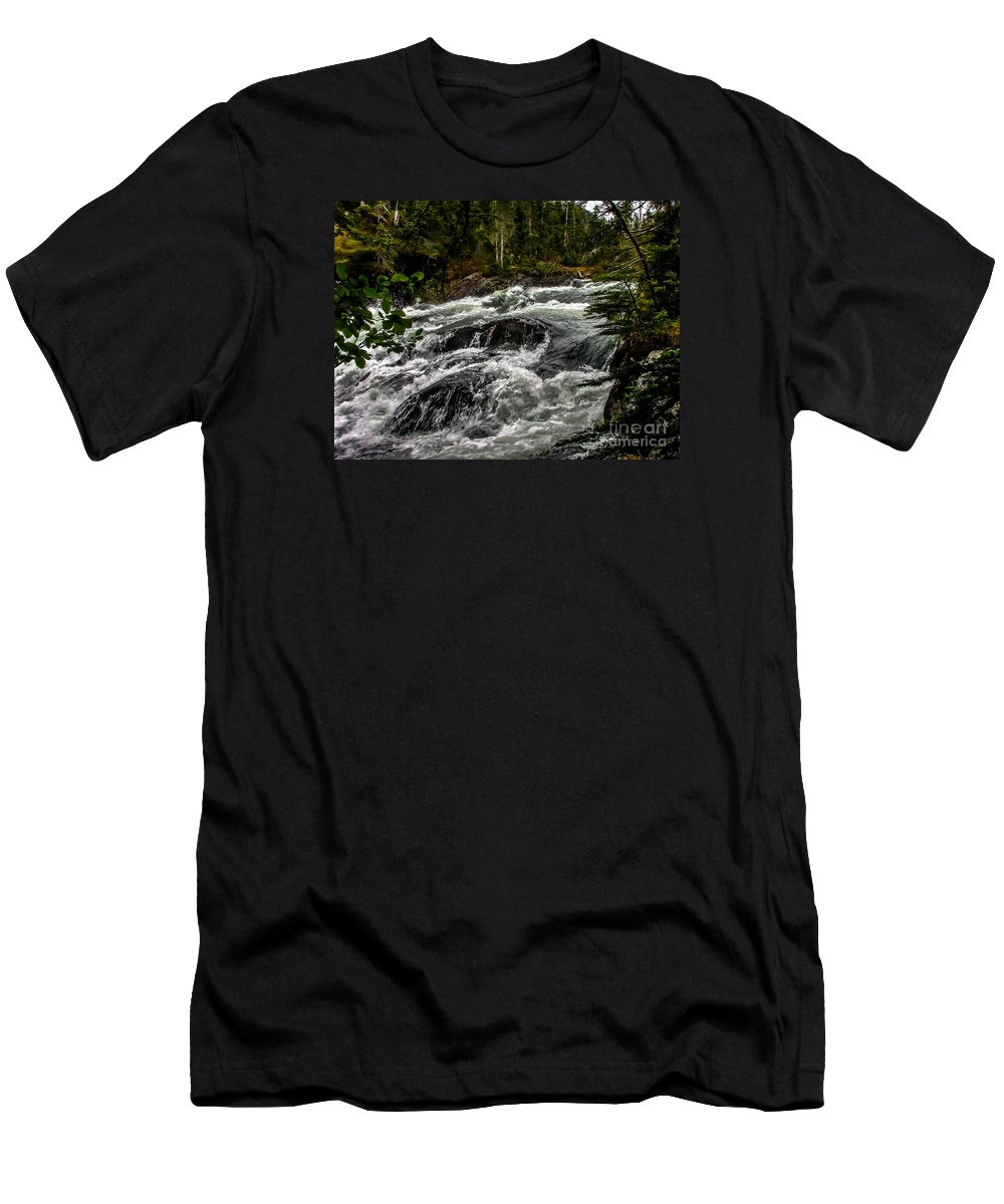 Alaska Men's T-Shirt (Athletic Fit) featuring the photograph Baranof River by Robert Bales