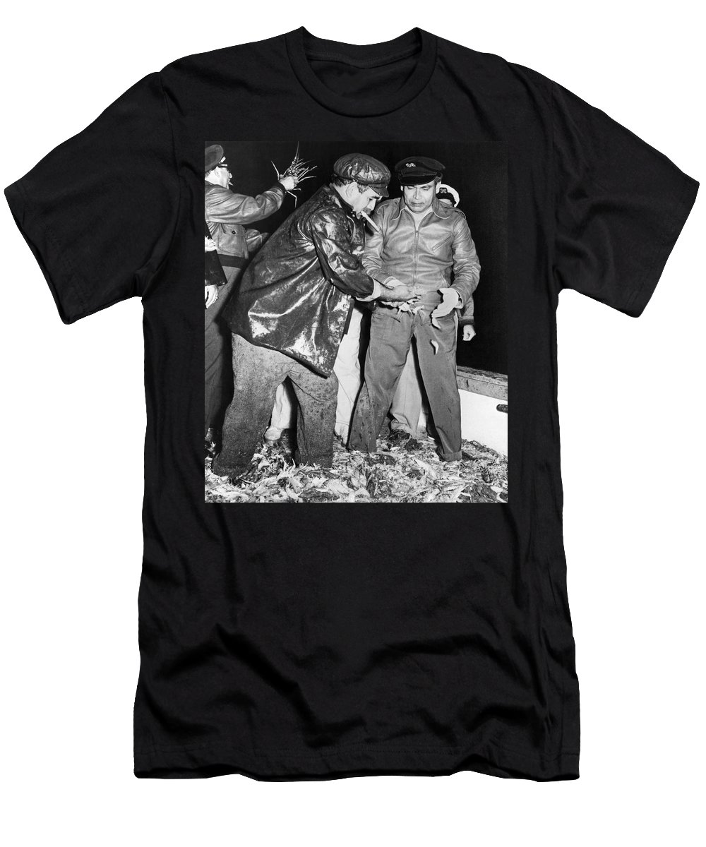 1950s Men's T-Shirt (Athletic Fit) featuring the photograph Batista Visits Shrimp Boat by Underwood Archives