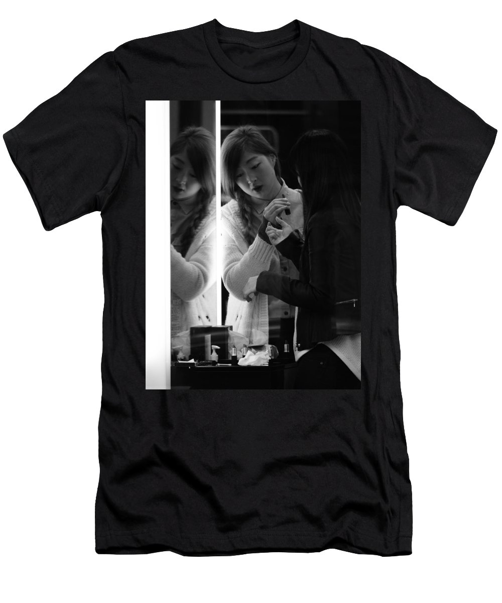 Street Photography Men's T-Shirt (Athletic Fit) featuring the photograph Beautician by The Artist Project