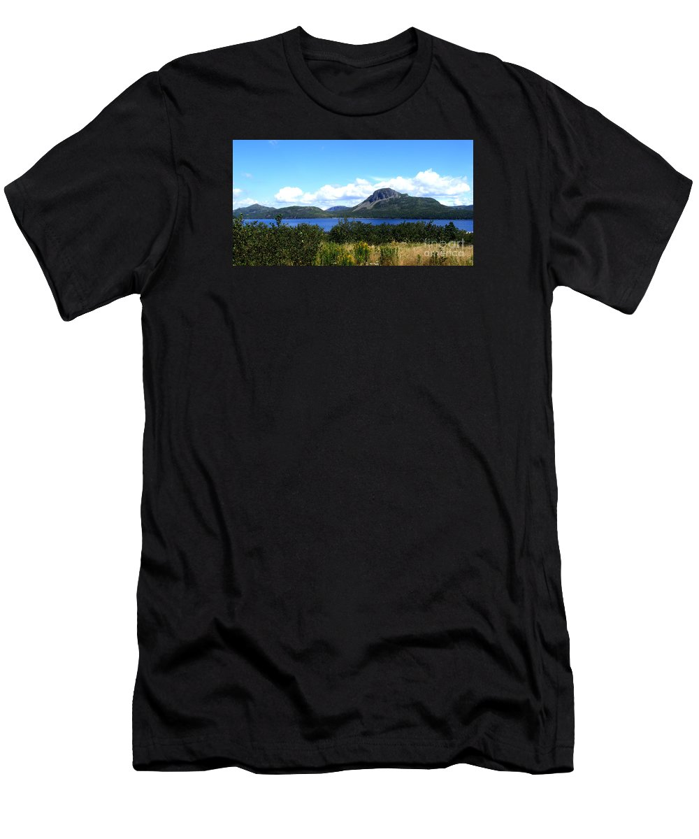 Barbara Griffin Men's T-Shirt (Athletic Fit) featuring the photograph Beautiful Day by Barbara Griffin