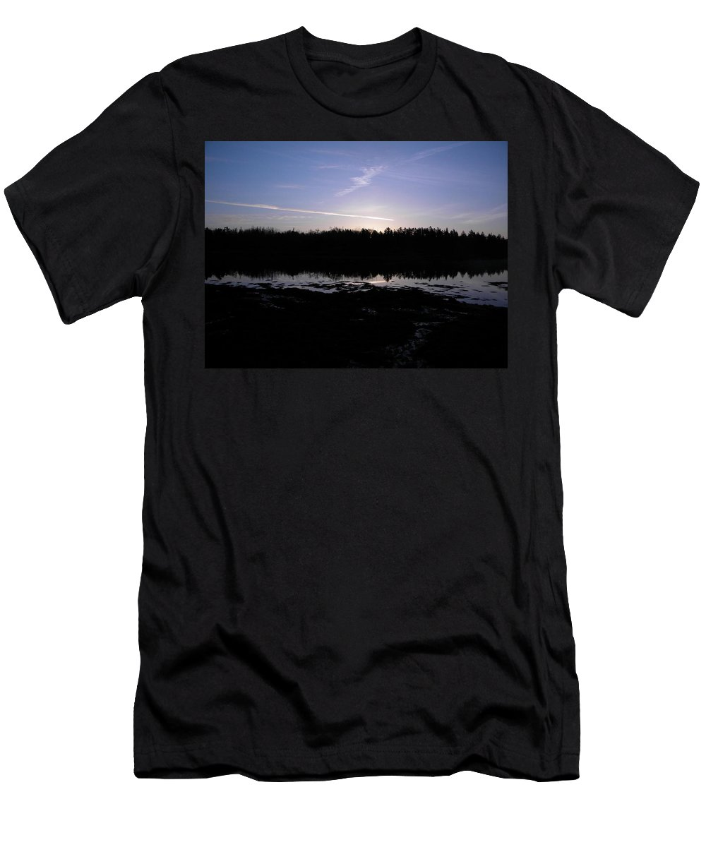 Landscape Men's T-Shirt (Athletic Fit) featuring the photograph Beginning Of A New Day by James Petersen