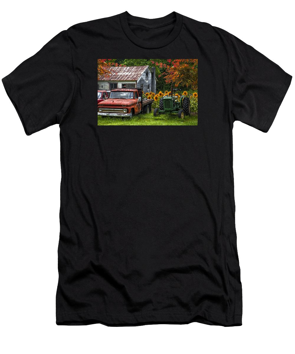 Appalachia Men's T-Shirt (Athletic Fit) featuring the photograph Best Friends by Debra and Dave Vanderlaan