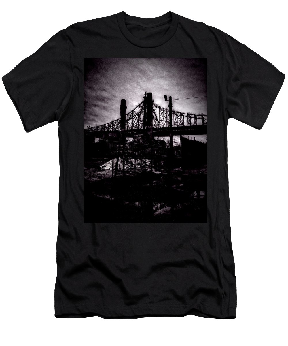 Nyc Men's T-Shirt (Athletic Fit) featuring the photograph Bridge by H James Hoff