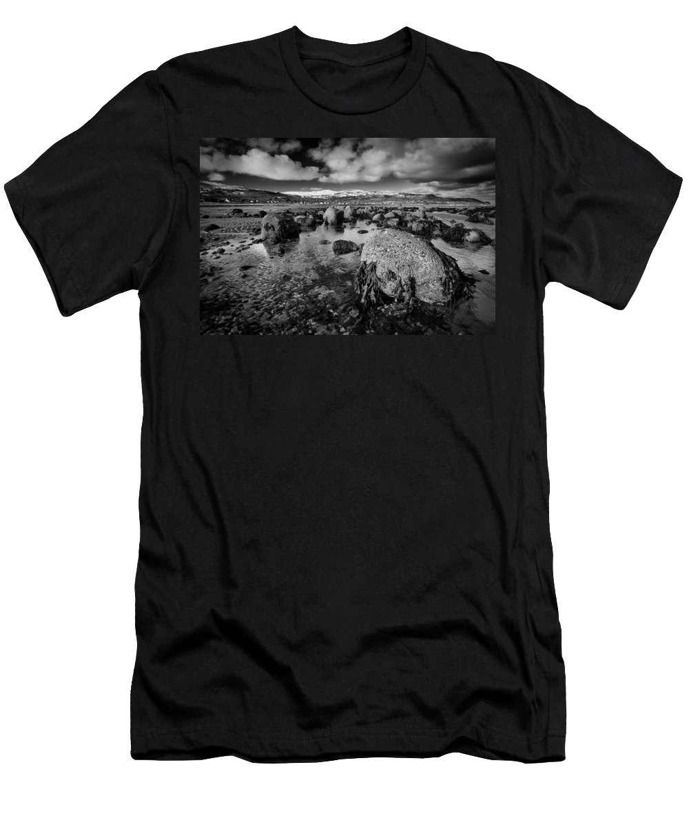 Carnlough Men's T-Shirt (Athletic Fit) featuring the photograph Carnlough Bay by Nigel R Bell