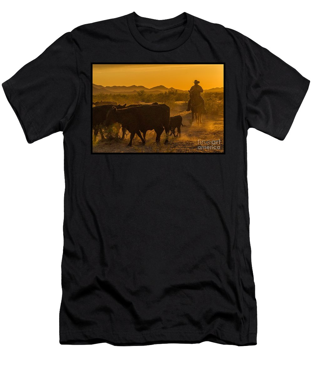 Cattle Men's T-Shirt (Athletic Fit) featuring the photograph Cattle Drive 10 by Larry White