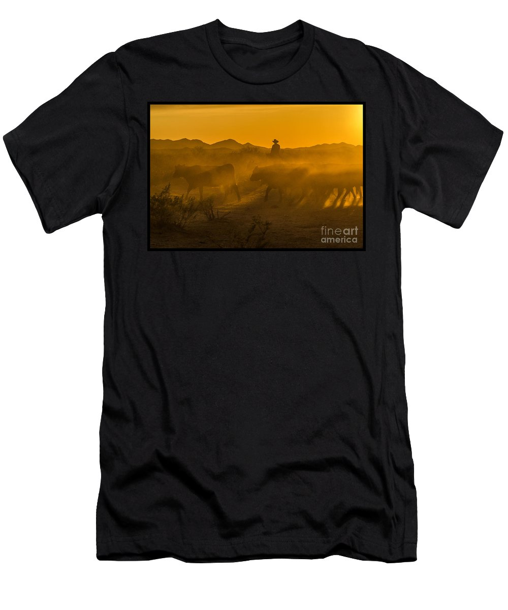 Cattle Men's T-Shirt (Athletic Fit) featuring the photograph Cattle Drive 8 by Larry White