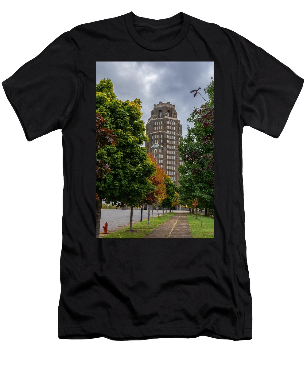 Buffalo Men's T-Shirt (Athletic Fit) featuring the photograph Central Terminal 7k03051 by Guy Whiteley