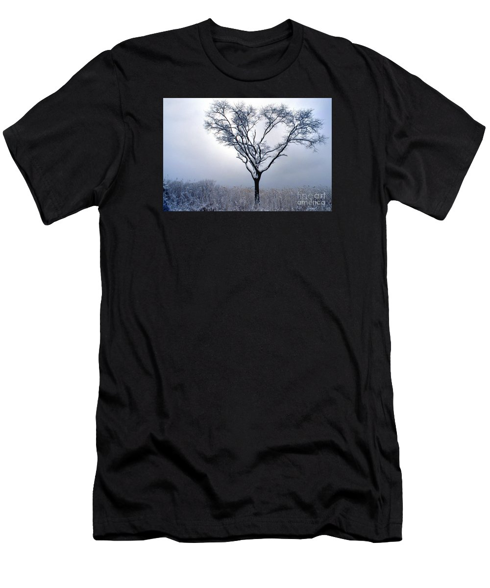 Scenic Tours Men's T-Shirt (Athletic Fit) featuring the photograph Character by Skip Willits