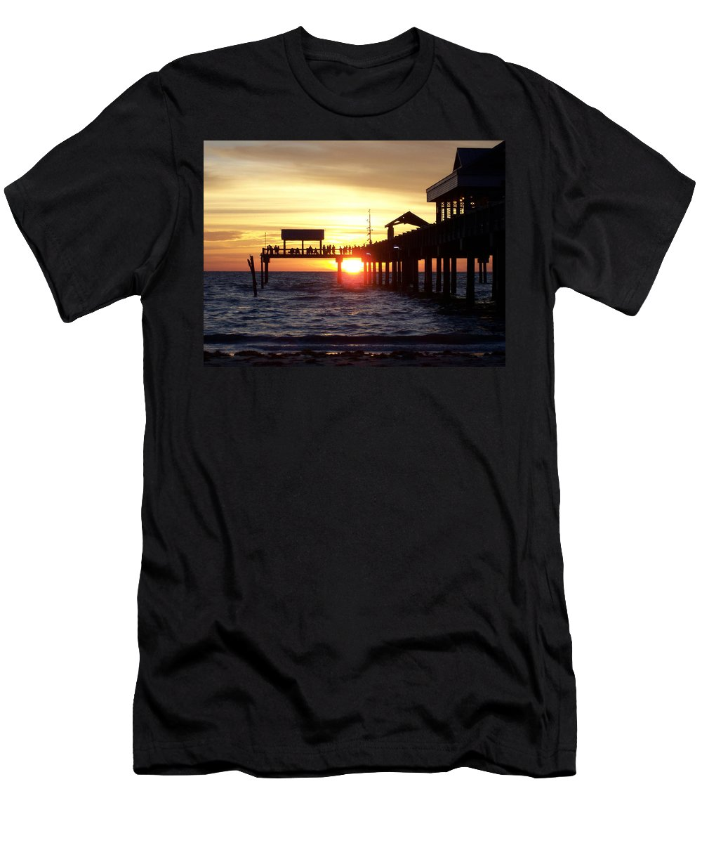 Clearwater Men's T-Shirt (Athletic Fit) featuring the photograph Clearwater Beach Pier by David T Wilkinson