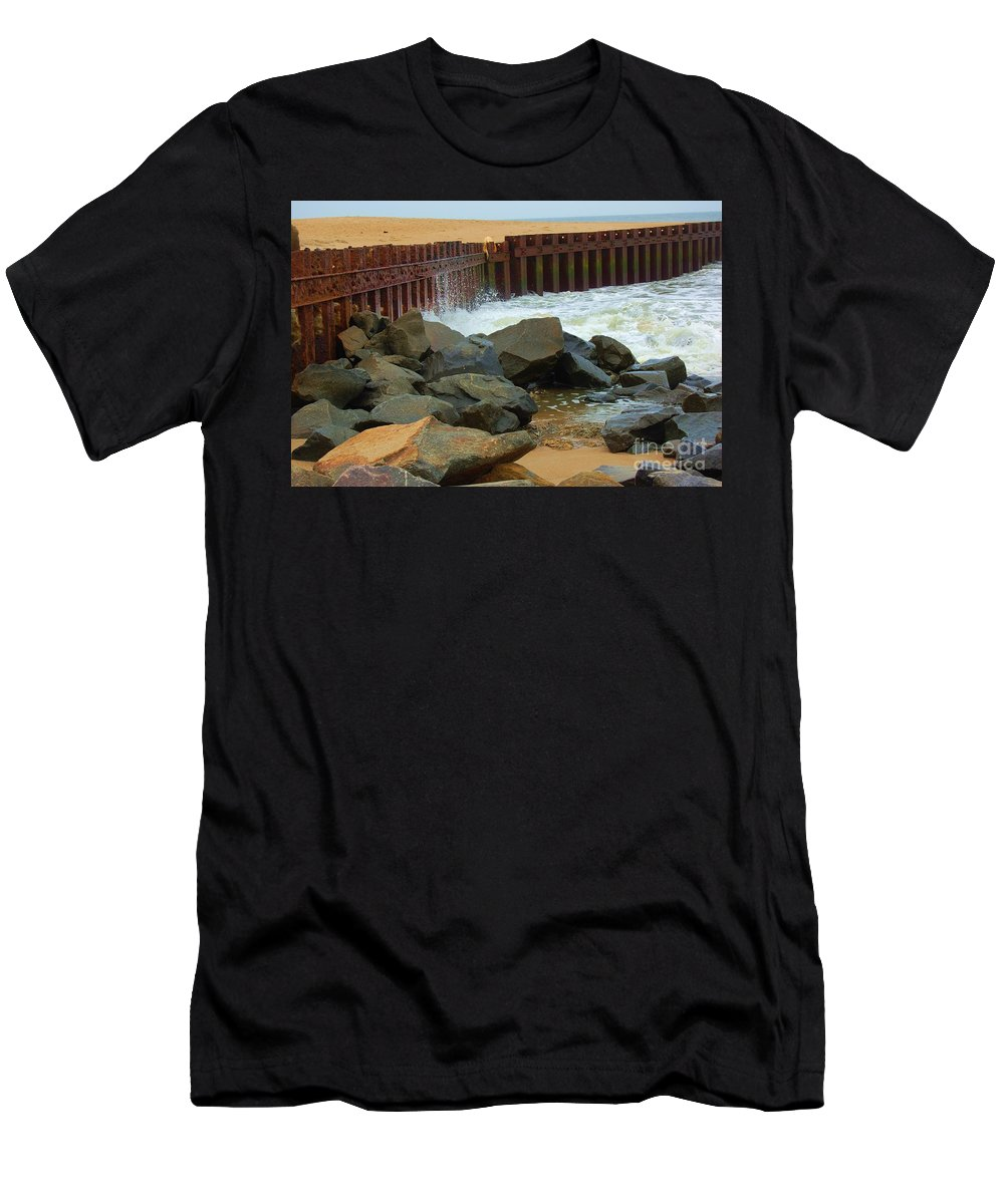 Water Men's T-Shirt (Athletic Fit) featuring the photograph Coast Of Carolina by Debbi Granruth