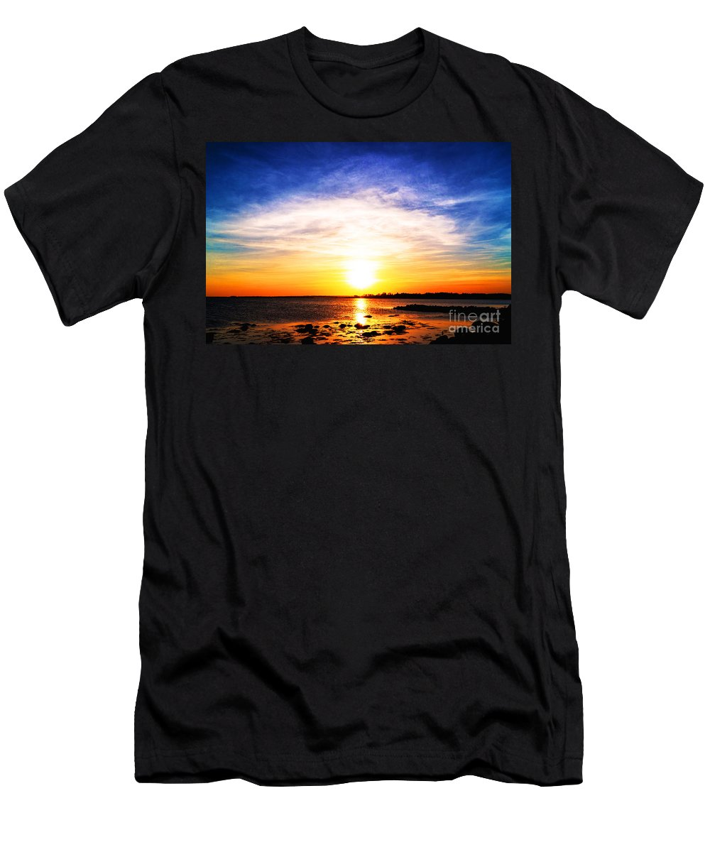 Borough Men's T-Shirt (Athletic Fit) featuring the photograph Cool Fire by Joe Geraci