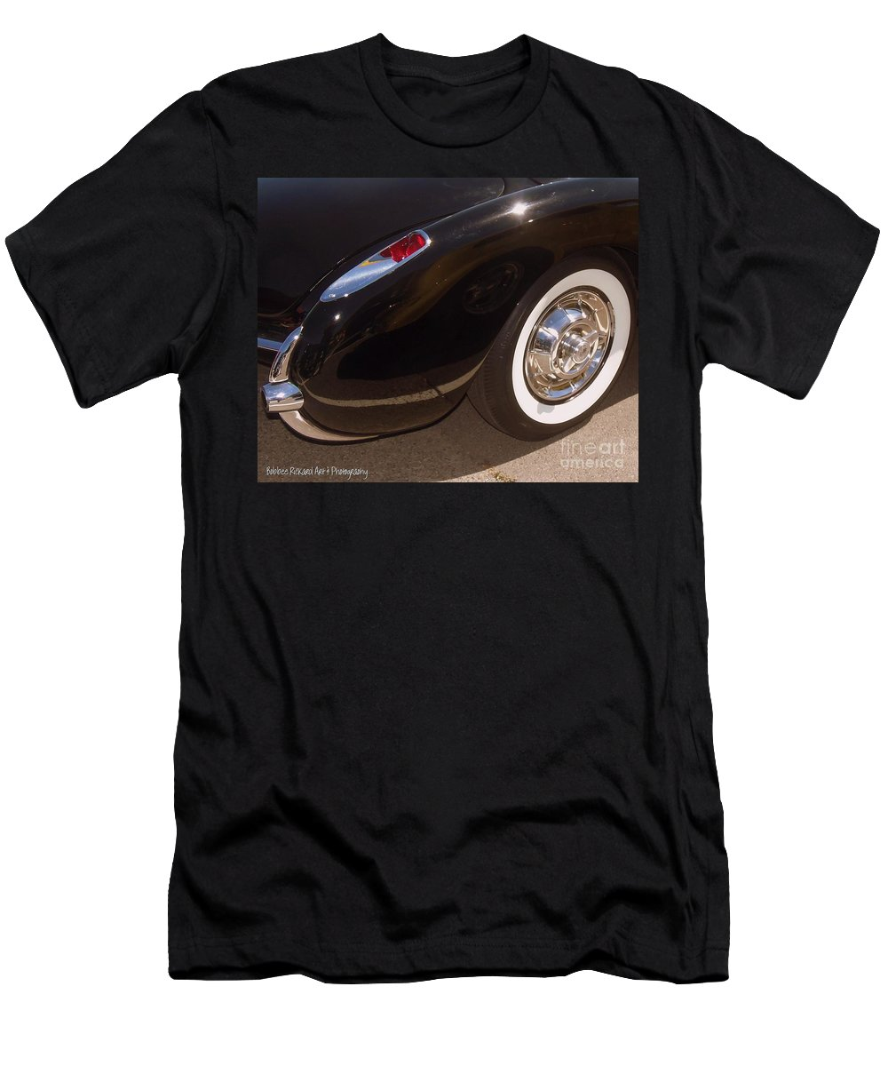 Corvette Men's T-Shirt (Athletic Fit) featuring the photograph Corvette Curves by Bobbee Rickard