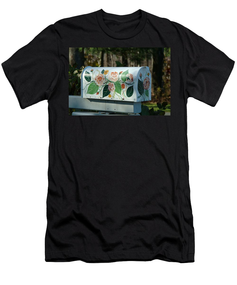 Countryside Men's T-Shirt (Athletic Fit) featuring the photograph Countryside Mailbox #14 by Robert DeFosses
