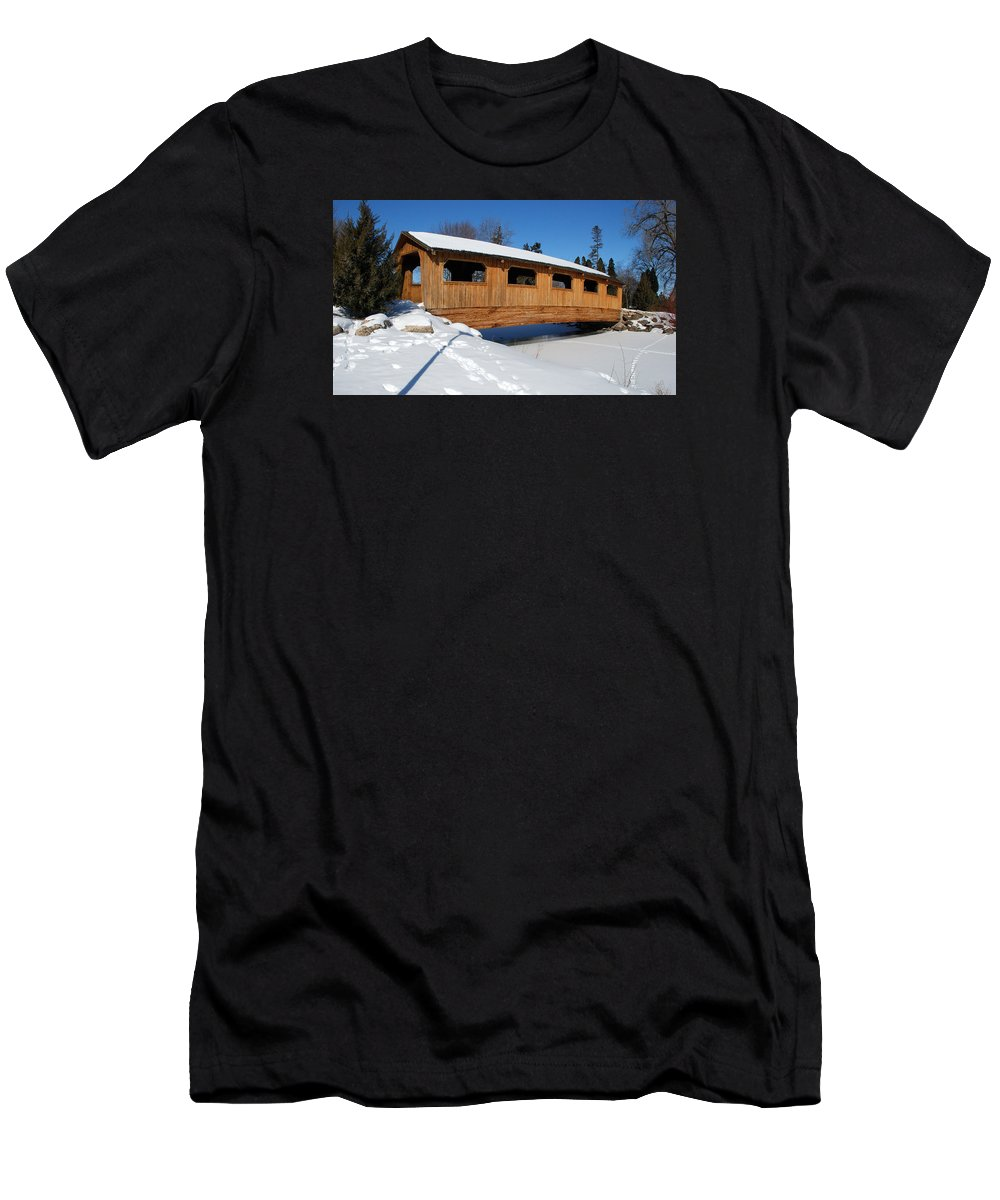 Lakeside Park Men's T-Shirt (Athletic Fit) featuring the photograph Covered Bridge Crossing The Stream by Janice Adomeit
