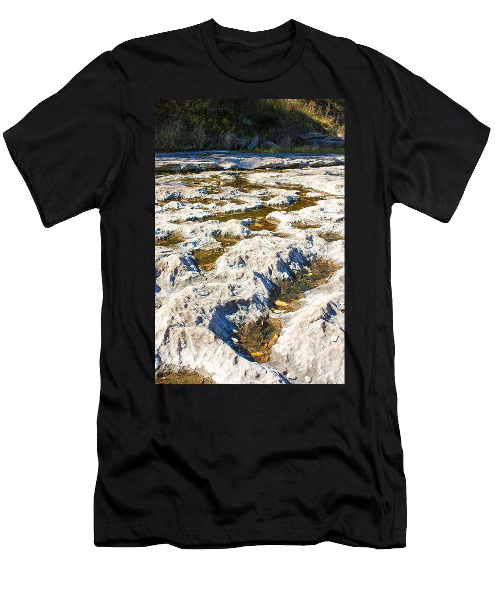 Devonian Fossil Gorge Coralville Lake Ia Men's T-Shirt (Athletic Fit) featuring the photograph Crater-like Rock Devonian Fossil Gorge by Cynthia Woods