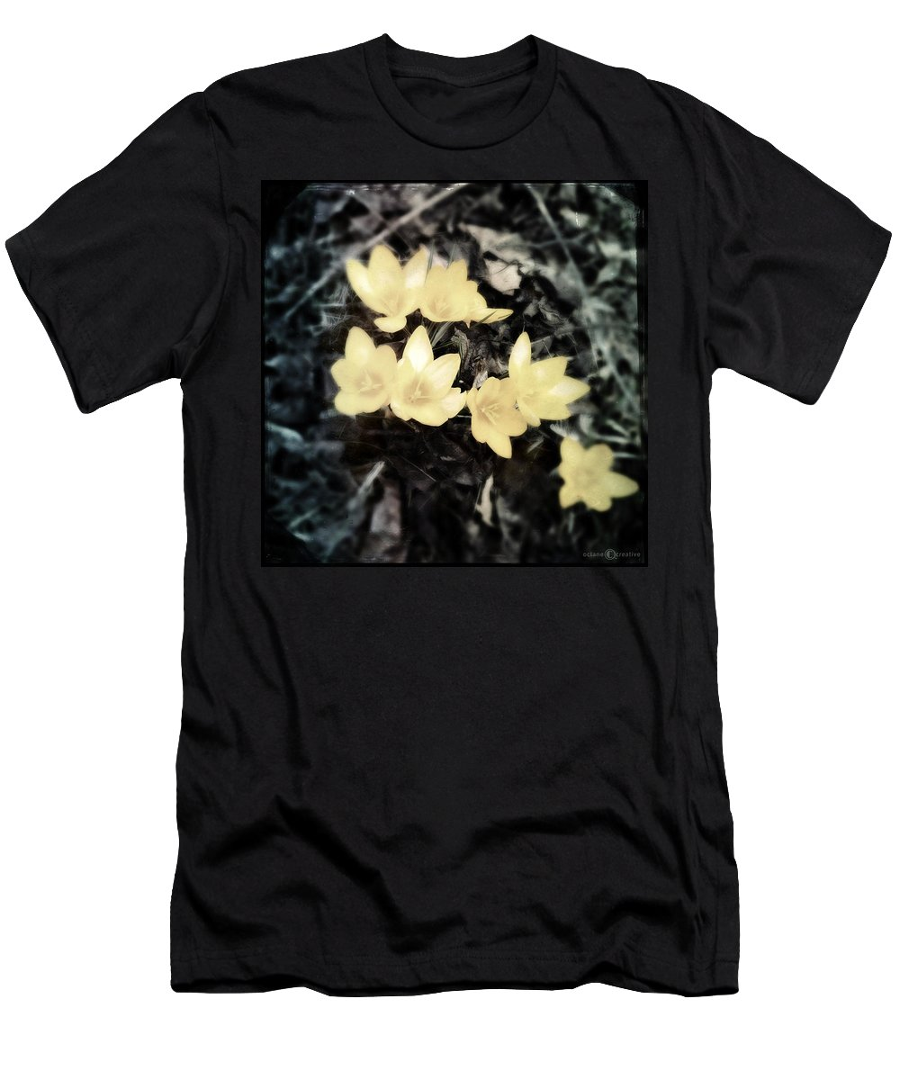Flower Men's T-Shirt (Athletic Fit) featuring the photograph Crocus by Tim Nyberg