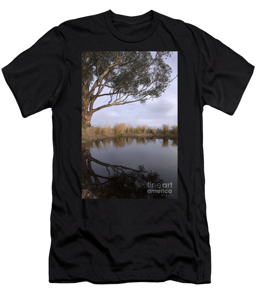Eucalyptus Men's T-Shirt (Athletic Fit) featuring the photograph Dam by Linda Lees