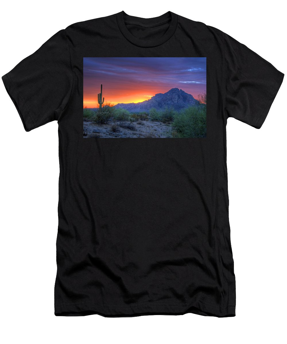 Sunset Men's T-Shirt (Athletic Fit) featuring the photograph Desert Sunset by Tam Ryan
